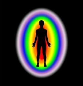 Jezelf kwijt zijn: welke energie van anderen laat je toe en wat straal je naar anderen uit?